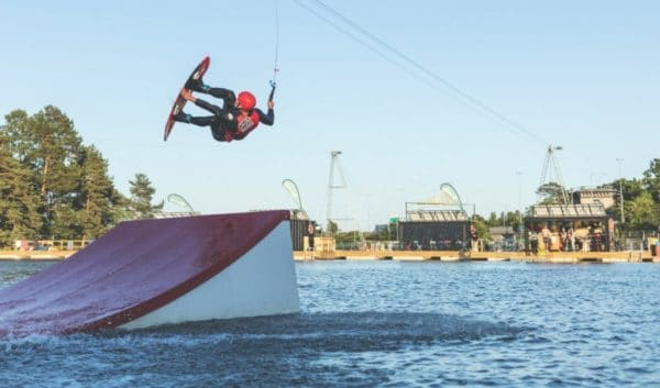 wakeboarding laguunissa